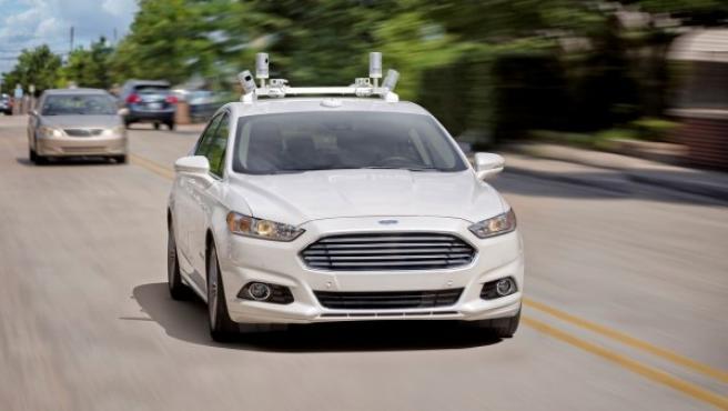 Ford ha anunciado que en 2021 lanzará su primer coche autónomo.