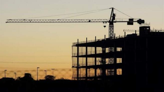 Imagen de un edificio en construcción