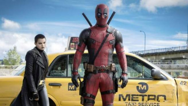 Taylor Hickson en el papel de Meghan Orlovsky en 'Deadpool'.