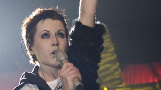 Una imagen de Dolores O'Riordan en un concierto en Barcelona en 2010.