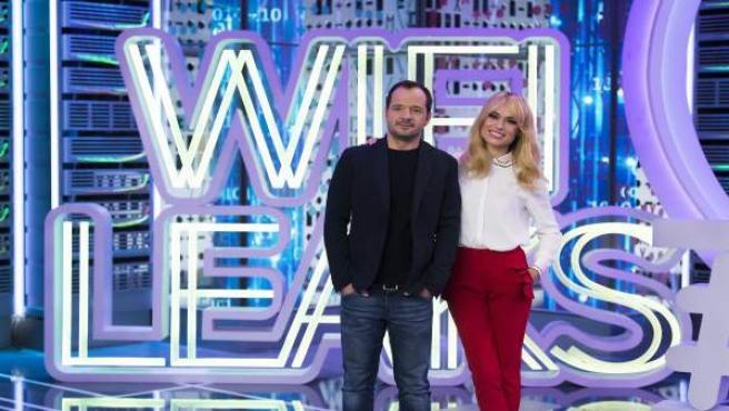 Presentación WIFI LEAKS con Patricia Conde y Ángel Martín © Enrique Cidoncha