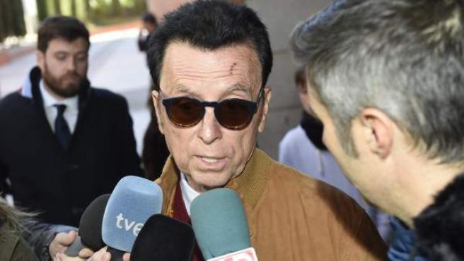 El torero José Ortega Cano a su llegada por el juicio por la publicación 'Mongolia' en Alcobendas, Madrid.