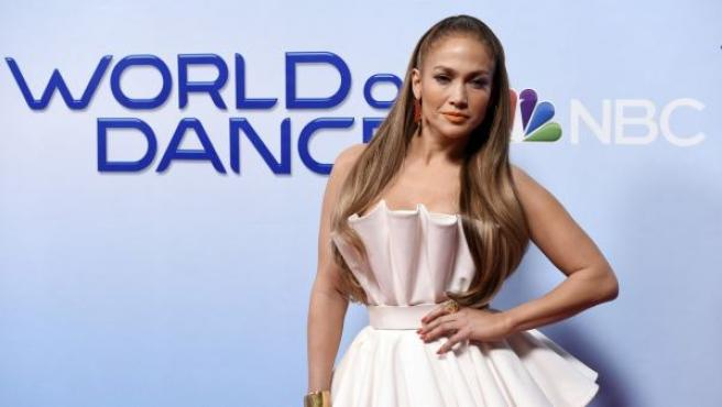 La actriz y cantante Jennifer López posa en el acto de presentación de su programa de televisión 'World of Dance' (2018)