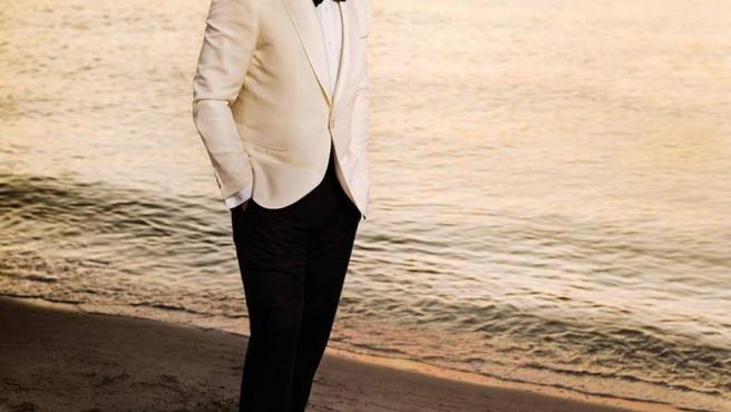 El cantante Luis Miguel posa en una foto promocional de su disco '¡México por siempre!' (2017)