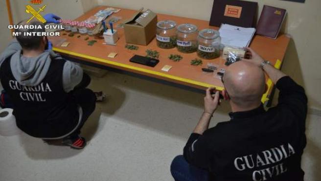 Material intervenido por la Guardia Civil