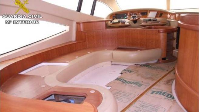 Embarcación robada en el puerto deportivo de Altea