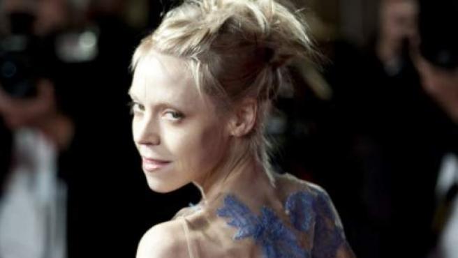 La actriz irlandesa Antonia Campbell-Hughes se queda en los huesos para interpretar a un personaje.