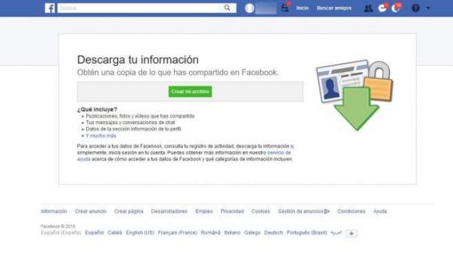 La opción 'Descargar una copia de tu información' se encuentra en la configuración de tu perfil de Facebook.