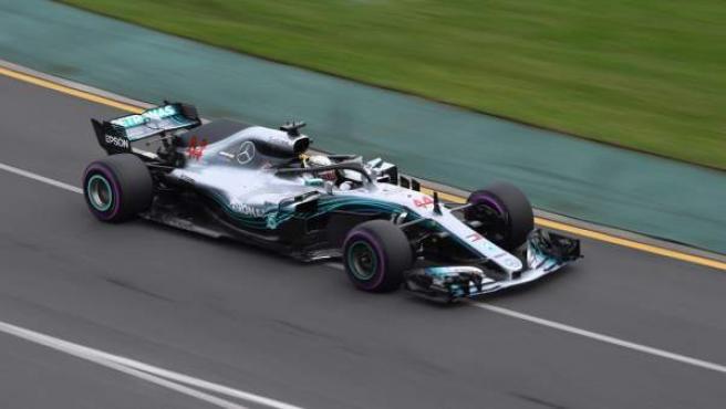 Hamilton, en el circuito de Albert Park.