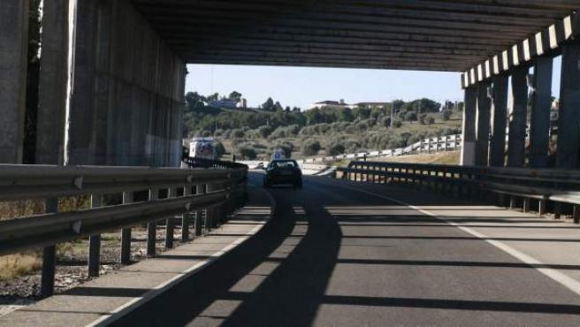 Una carretera de incorporación en España.