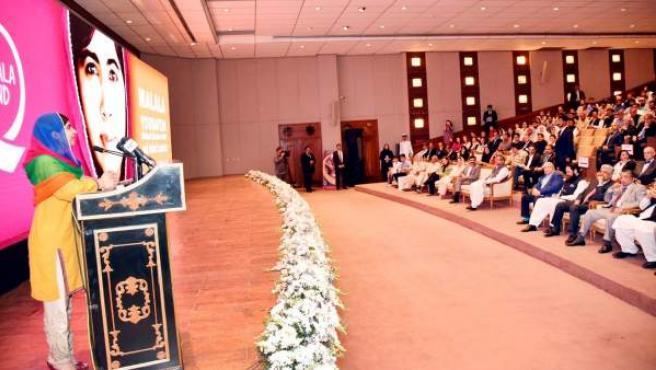 La Premio Nobel de la Paz Malala Yousafzai regresa a Pakistán para intervenir en una audiencia en Islamabad.
