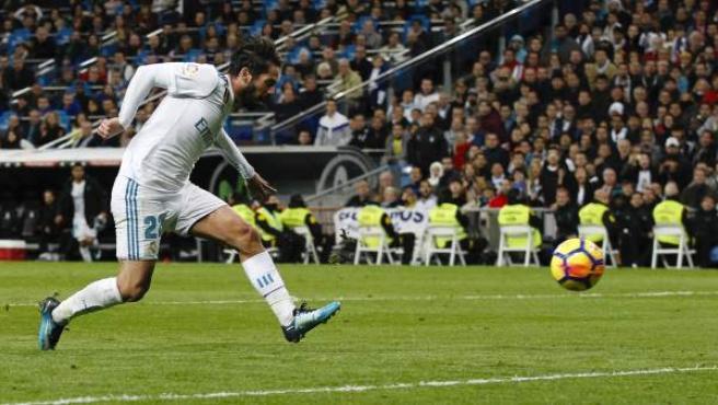 Isco, en acción con el Real Madrid en el Bernabéu.