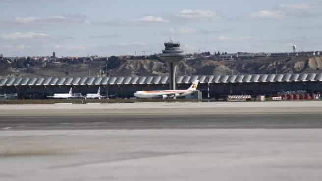 Torre de control en el aeropuerto Adolfo Suárez Madrid-Barajas.