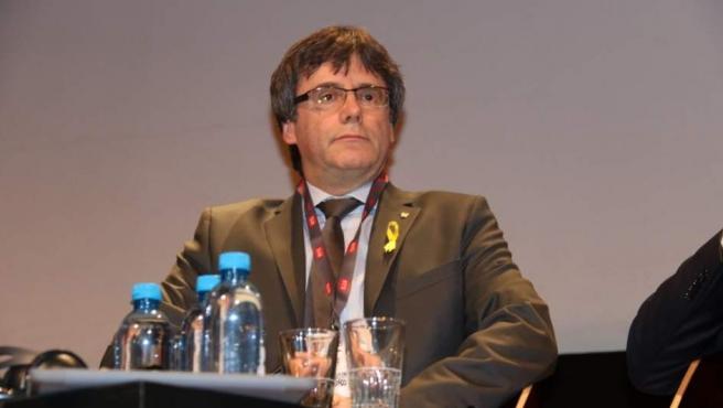 El expresidente de la Generalitat Carles Puigdemont en un debate en Ginebra.