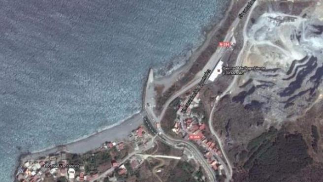 Imagen vía satélite del paso fronterizo norte entre Ceuta y Marruecos.