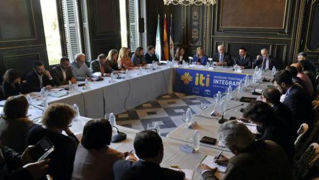 Jiménez Barrios reunidon con los ayuntamientos de Cádiz de mayor población