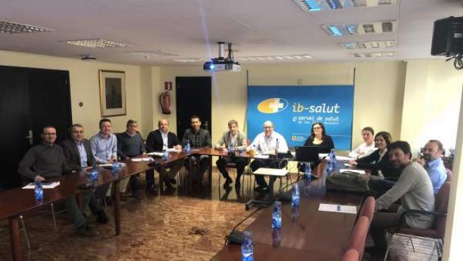 Reunión del Serivio de Salud, la Dirección de Tecnología y los farmacéuticos