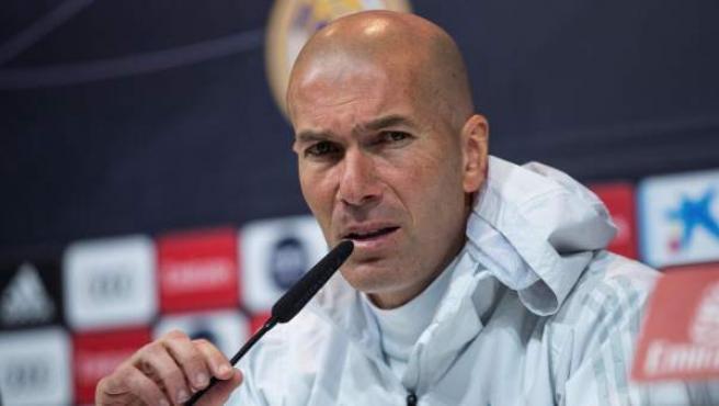 Zinedine Zidane, en rueda de prensa en Valdebebas.