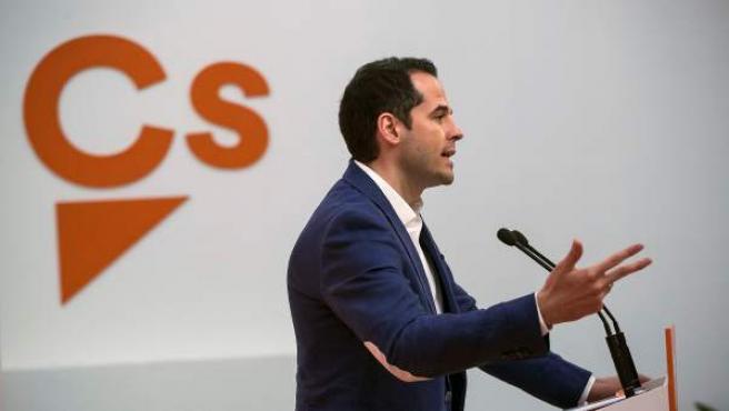 El portavoz de Ciudadanos en la Asamblea de Madrid, Ignacio Aguado, durante la rueda de prensa posterior a la reunión del Comité Autonómico de Madrid.