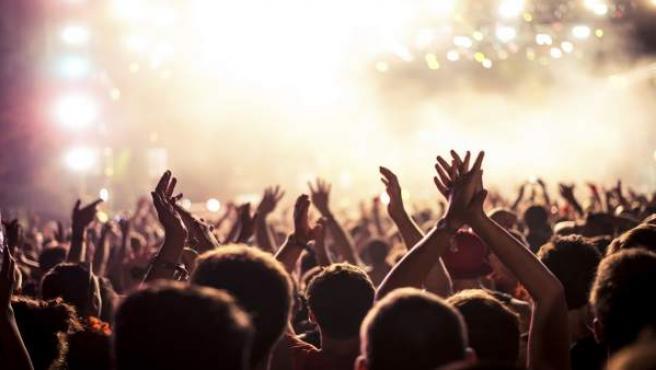 Los adolescentes y el fenómeno de las discotecas