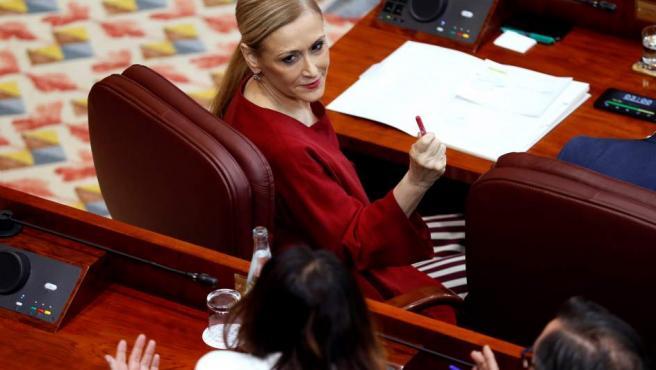 La presidenta de la Comunidad de Madrid, Cristina Cifuentes, en el pleno de la Asamblea de Madrid.