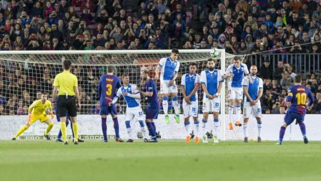 Momento en el que Leo Messi marca su primer gol ante el Leganés.