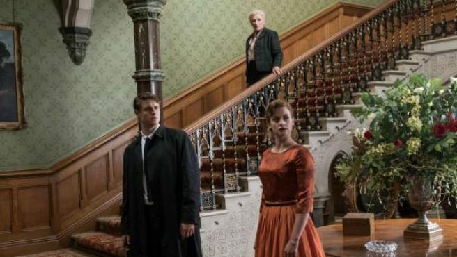 Escena de la película 'La casa torcida'.