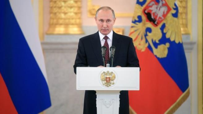 El presidente ruso, Vladimir Putin, pronuncia un discurso durante una ceremonia celebrada en el Kremlin, Rusia.