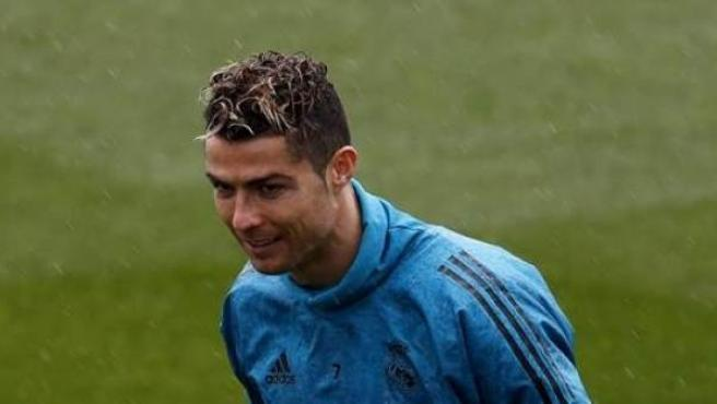 Cristiano Ronaldo, en un entrenamiento con el Real Madrid.