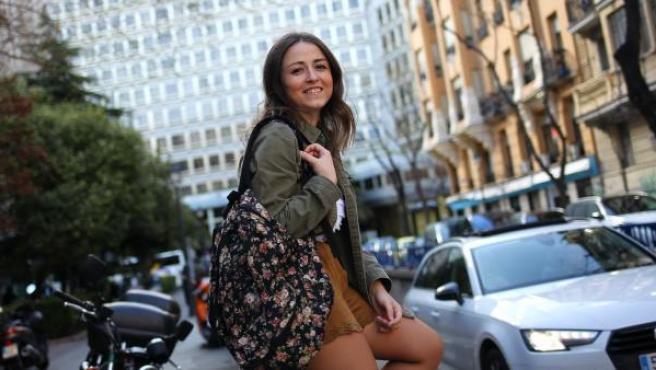 Leticia Santos, de 23 años, residente en Madrid en un piso compartido.