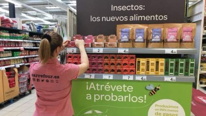 Carrefour es una de las cadenas que ha puesto a la venta alimentos elaborados con insectos.