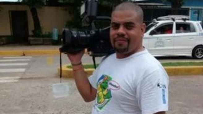 Imagen de archivo del periodista nicaragüense Ángel Gahona, que murió de un disparo mientras retransmitía en directo una protesta.