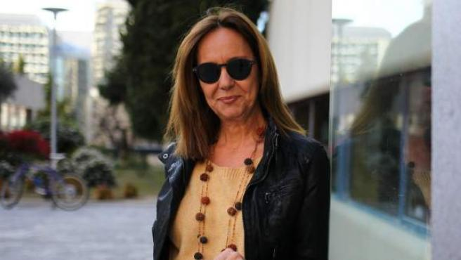 La escritora María Dueñas, después de la entrevista.