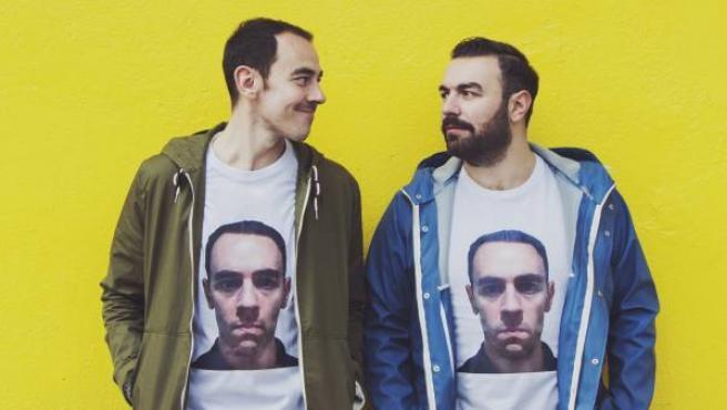 Alberto Casado (i) y Rober Bodegas (d) forman el grupo humorístico Pantomima Full