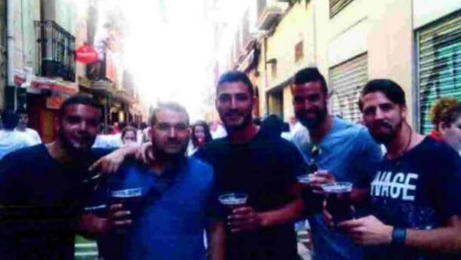 Los cinco miembros de La Manada, en una foto en Sanfermines.