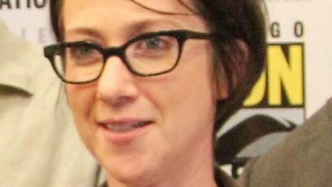 La directora de cine y televisión británica S. J. Clarkson, en la Comic-Con de San Diego de 2014.