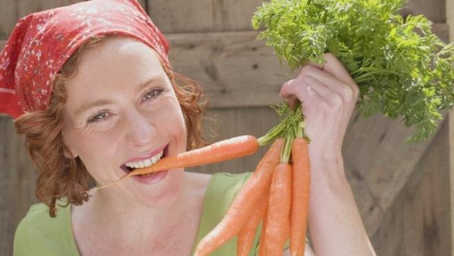 Uno de los trucos más populares para ponerse moreno es comer zanahoria, pero no funciona en todos los tipos de piel.