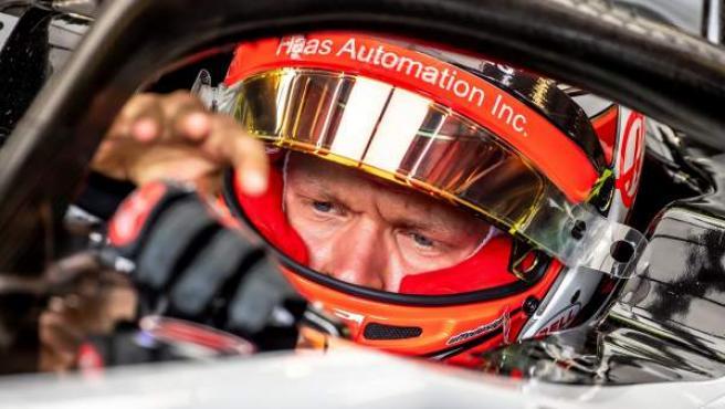 El piloto danés Kevin Magnussen (Haas), en los entrenamientos del Gran Premio de Azerbaiyán de Fórmula 1.