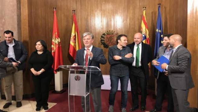 El Ayuntamiento recibe a una delegación de Chihuaha (México)