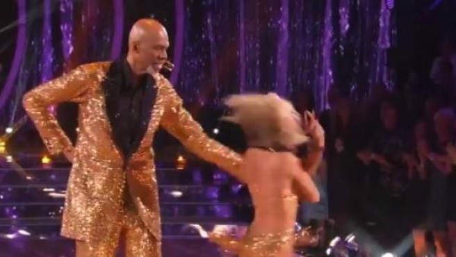 """Kareem Abdul-Jabbar, en el programa """"Bailando con las Estrellas""""."""
