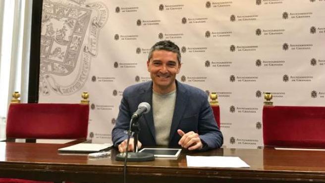 El portavoz de Ciudadanos en el Ayuntamiento de Granada, Manuel Olivares.
