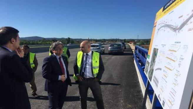 El delegado del Gobierno Enric Millo visita las obras de la N-II en Girona