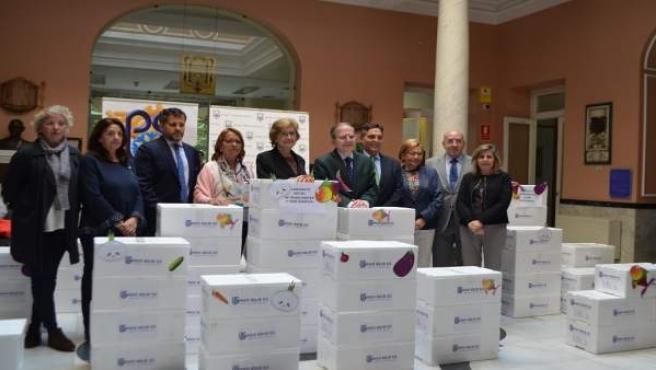 Reparto de donación de alimentos ultracongelados en Sevilla