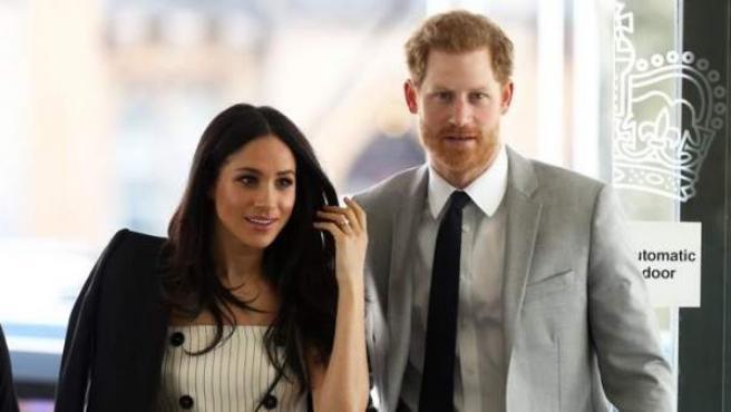 El príncipe Harry y su prometida, Meghan Markle, en el Foro de Juventud de la Commonwealth, en Londres (Reino Unido).
