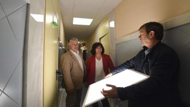 Instalación de luces LED en centros sociales de Armilla (Granada)