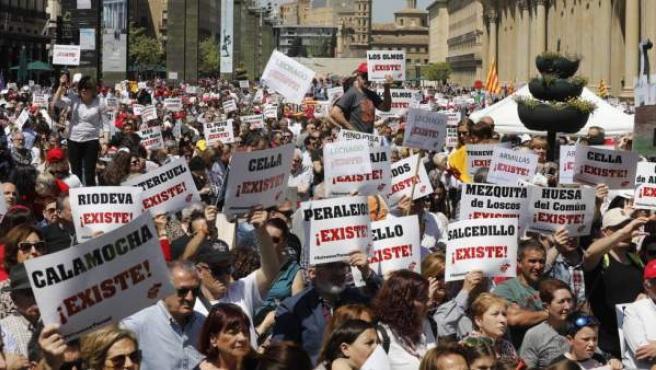 Manifestación de Teruel Existe en las calles de Zaragoza.