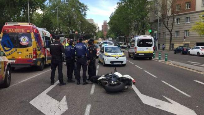 El accidente ha tenido lugar en la calle María de Molina, entre López de Hoyos y Serrano.