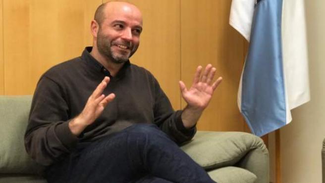 El portavoz de En Marea, Luís Villares, en una entrevisa con Europa Press