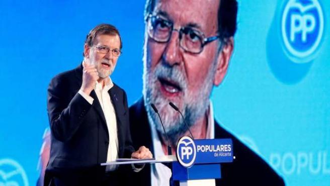 El todavía presidente del PP, Mariano Rajoy.