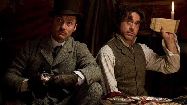 Jude Law y Robert Downey Jr. en 'Sherlock Holmes: Juego de sombras'.
